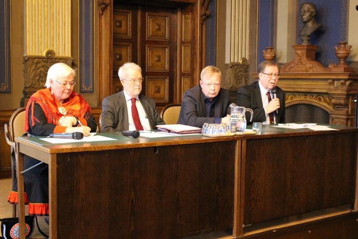 Suomi ja Arktinen tulevaisuus panelistit_Arktinen Forum 12.4.2018