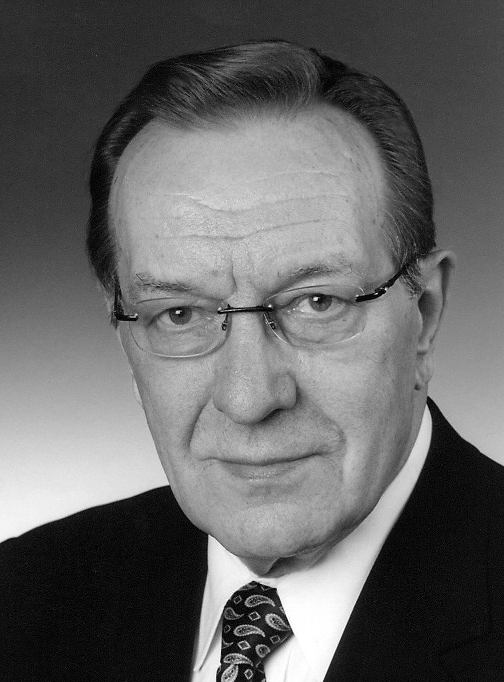 Valtioneuvos Harri Holkeri | Paasikivi-Seura ry